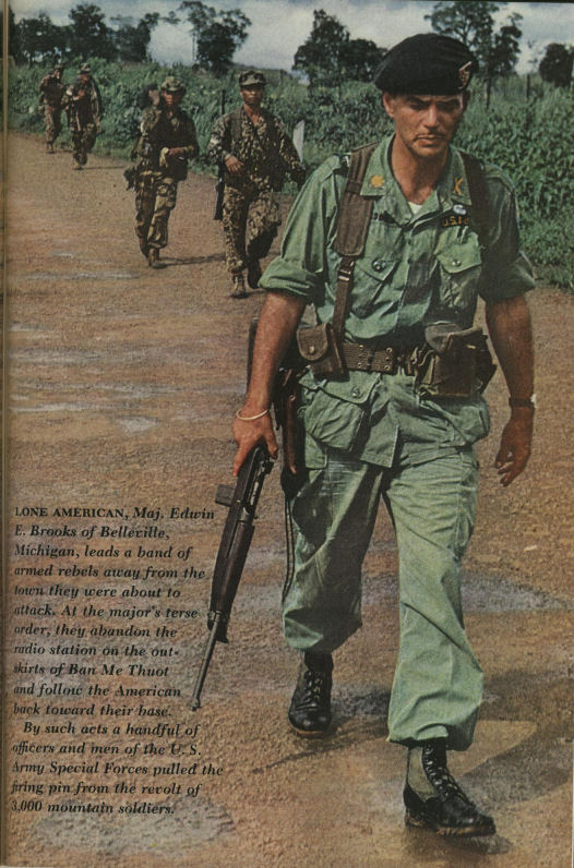 Team commander 5th special forces group 1967 in us army figures