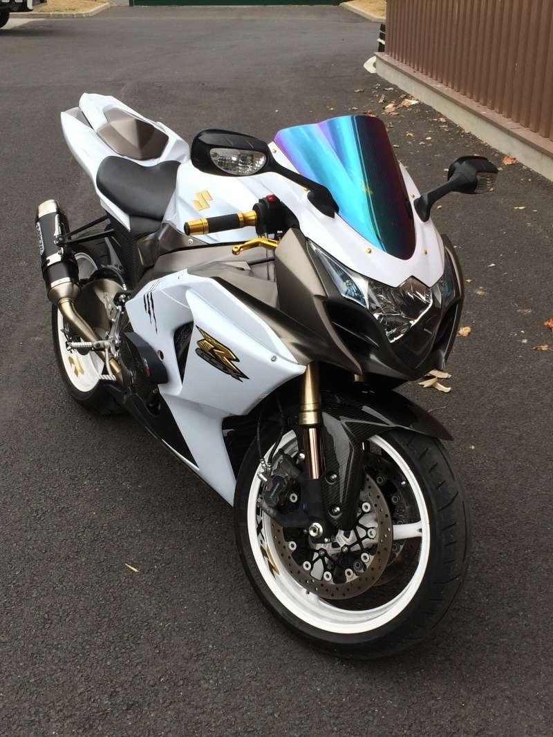 gsx r 1000 l0 25th anniversary forum moto suzuki gsxr la sportive suzuki. Black Bedroom Furniture Sets. Home Design Ideas