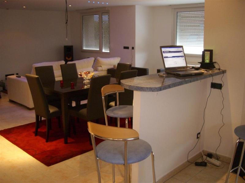 conseil d co un salon de plus finaliser page 4. Black Bedroom Furniture Sets. Home Design Ideas