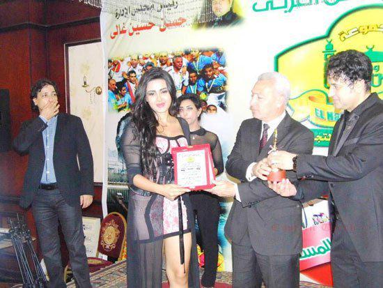 فستان شيما الحاج العاري الناس cmqju310.jpg
