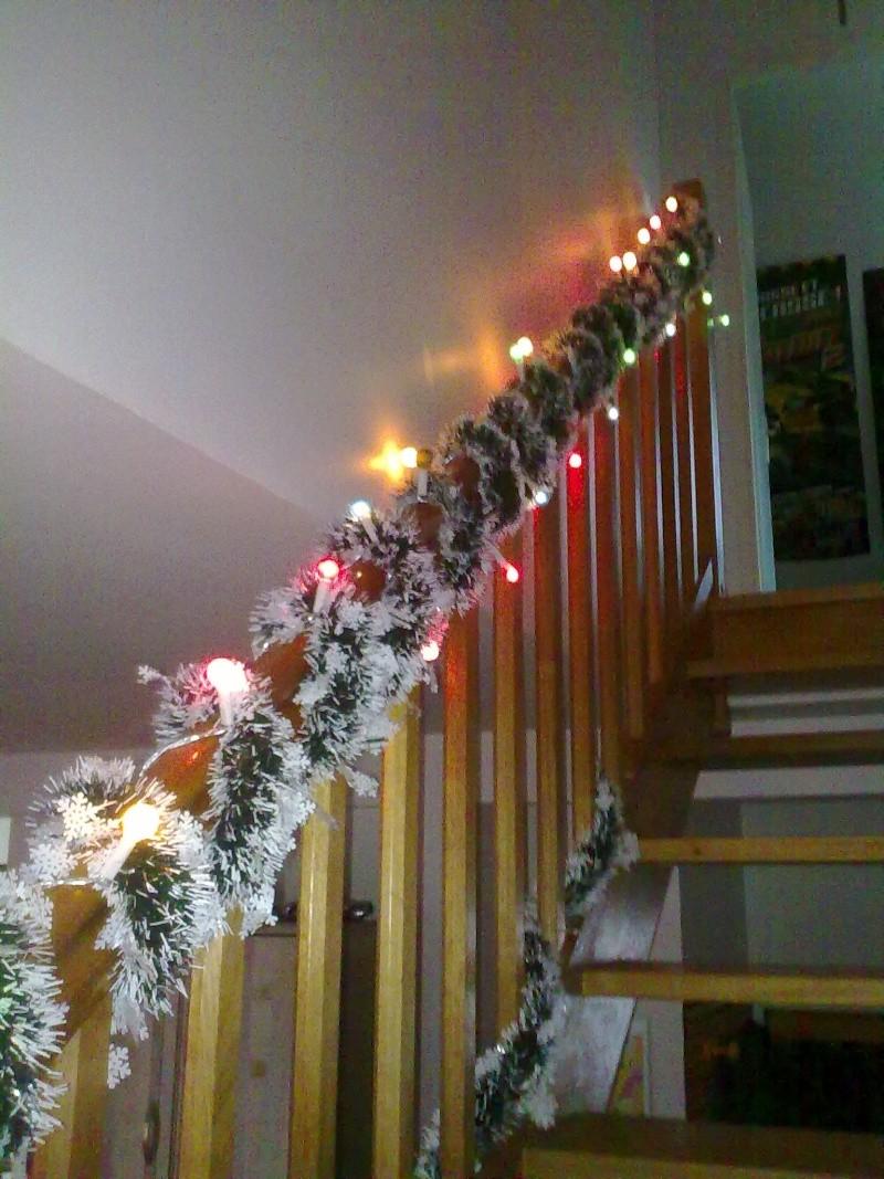 Decoration de noel rampe escalier - Decoration des escaliers ...