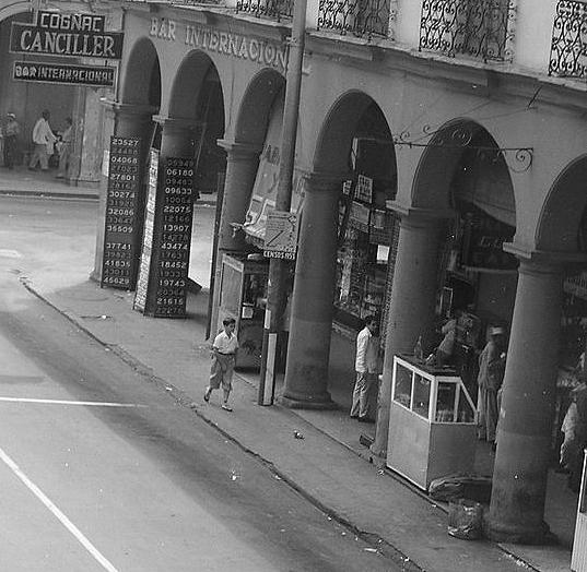 Fotos fotos de cuba solamentes de antes del 1958 for Calle neptuno e prado y zulueta habana vieja habana cuba