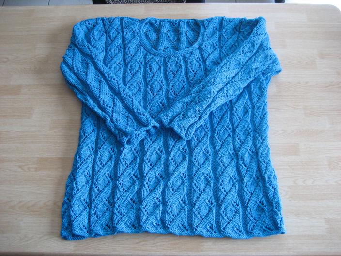 Au bout des doigts d 39 isis pull en coton ajour - Point tricot ajoure facile ...