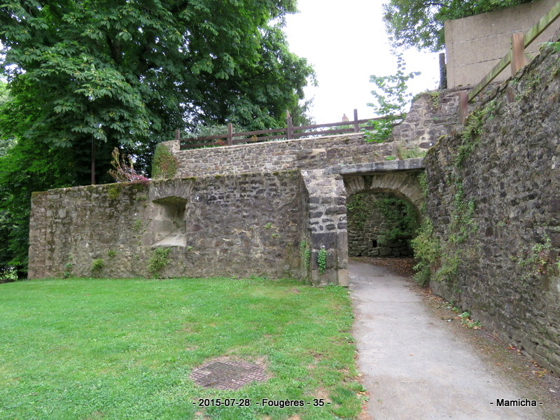 Rencontre fougeres 35