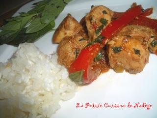 http://i18.servimg.com/u/f18/14/28/07/87/poulet10.jpg