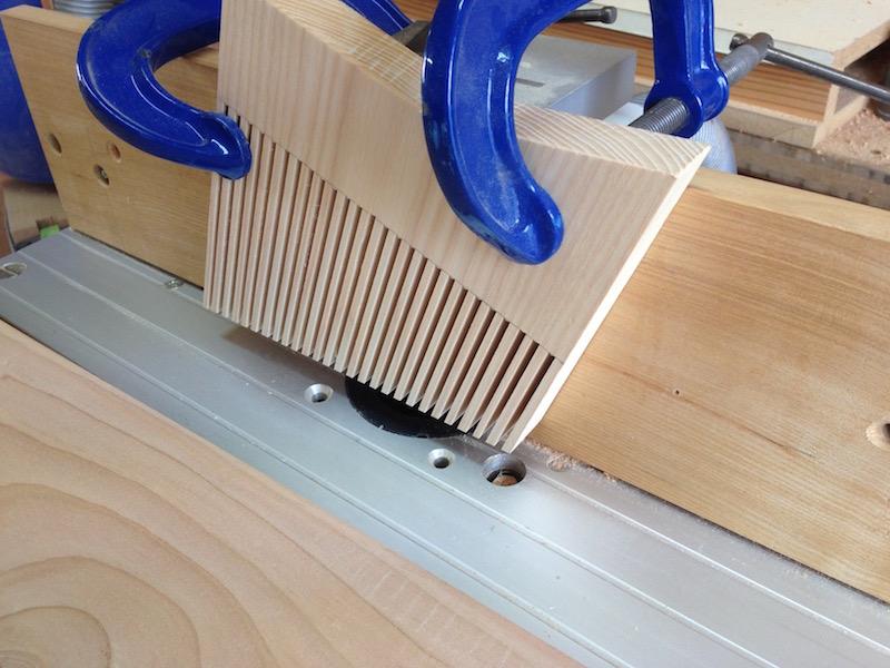 un nouveau presseur pour ma def sous table. Black Bedroom Furniture Sets. Home Design Ideas