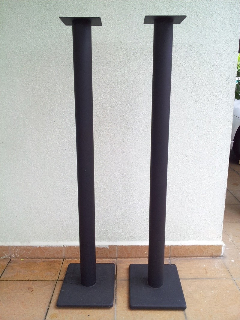 Single Beam Steel Speaker Stand 48 Inches Height Used