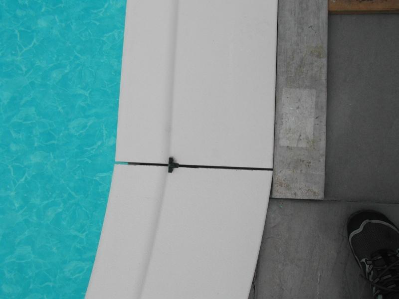 Galere pour la pose de margelles sur eva 9 inv for Joint margelle piscine