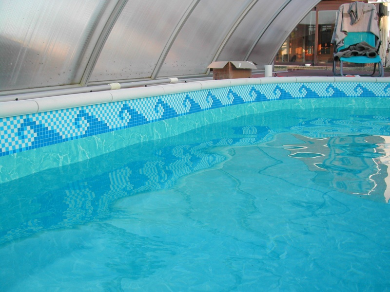 Frise liner piscine elegant tlcharger le fichier with for Frise pour liner piscine