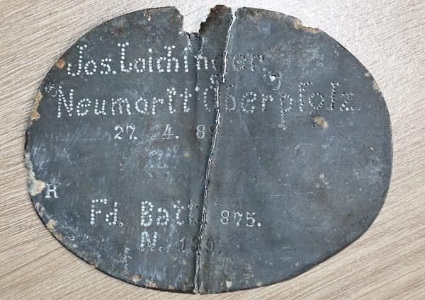 plaque25.jpg