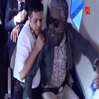 حلقة محمد هنيدى - برنامج رامز واكل الجو - الحلقة 1