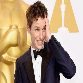 اختيار النجم إيدي ريدماين لبطولة سلسلة افلام هارى بوتر