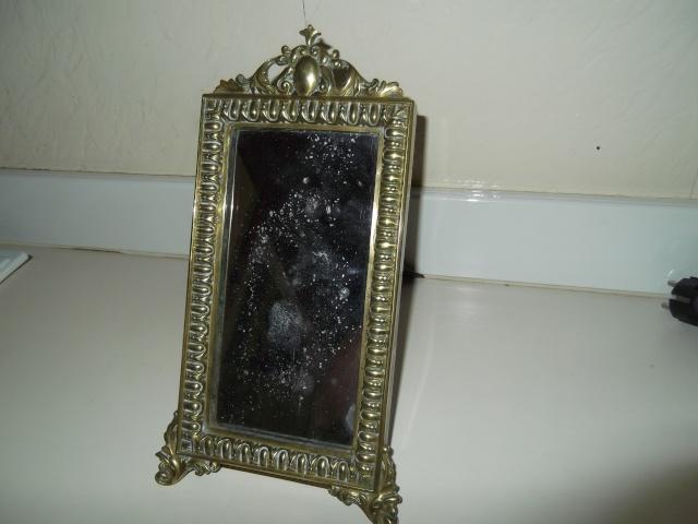 Quelques questions sur un petit miroir for Question miroir