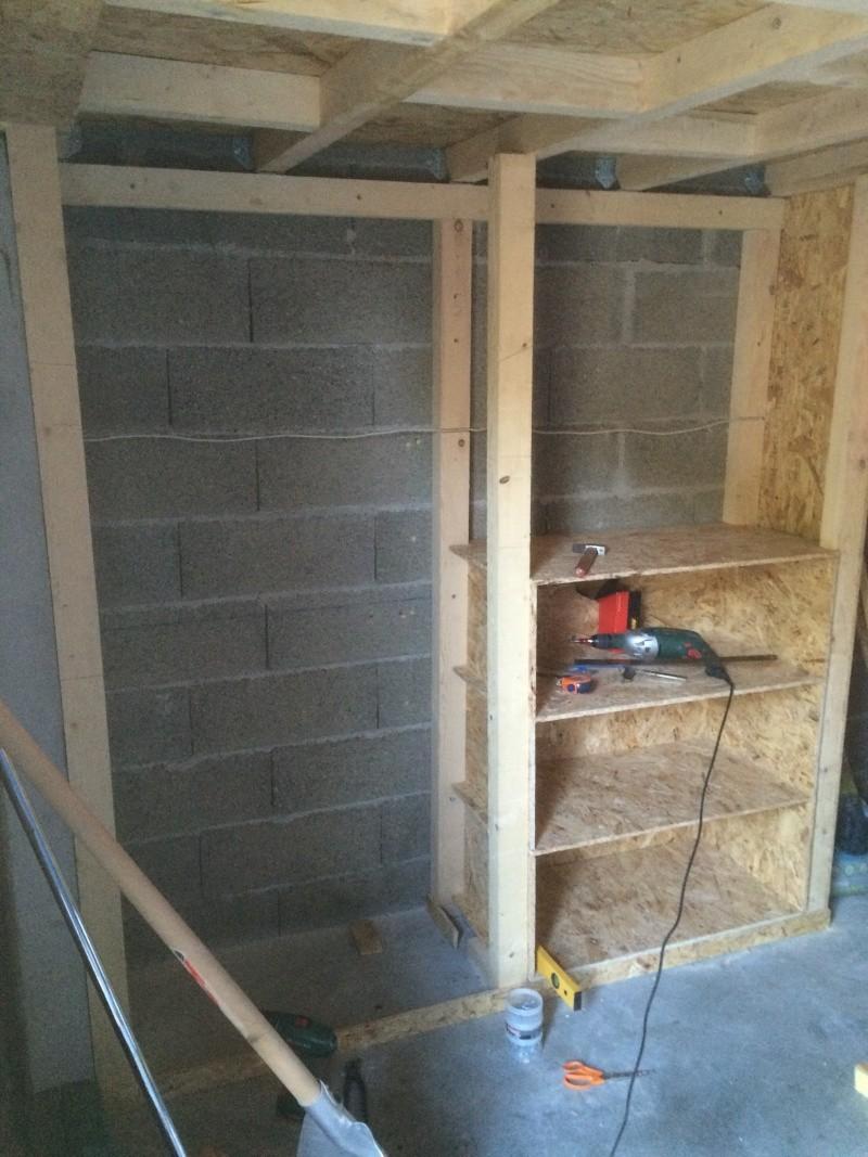 etage dans garage solivage. Black Bedroom Furniture Sets. Home Design Ideas