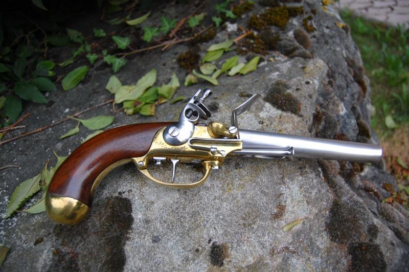 une arme courante mais sympathique le pistolet 1777. Black Bedroom Furniture Sets. Home Design Ideas