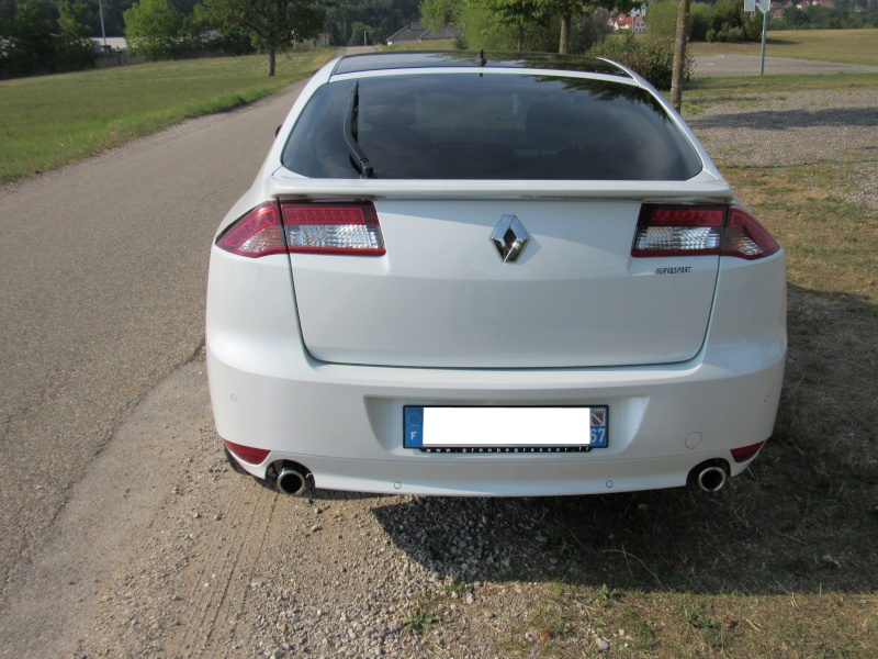 forum renault laguna becquet laguna iii personnalisation forum renault laguna. Black Bedroom Furniture Sets. Home Design Ideas