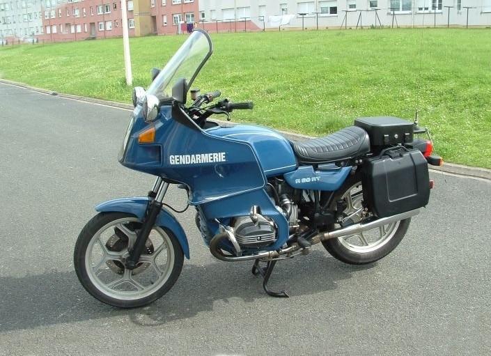 moto bmw ancienne gendarmerie id e d 39 image de moto. Black Bedroom Furniture Sets. Home Design Ideas